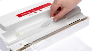cutting foil roll vacuum sealer