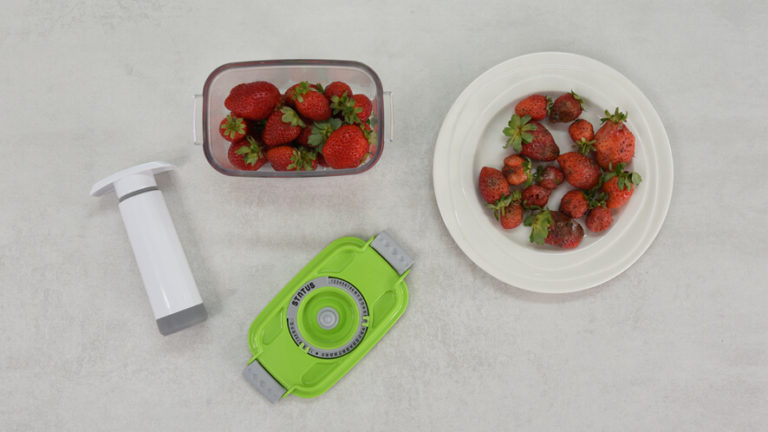 the effect of vacuum on food strawberries