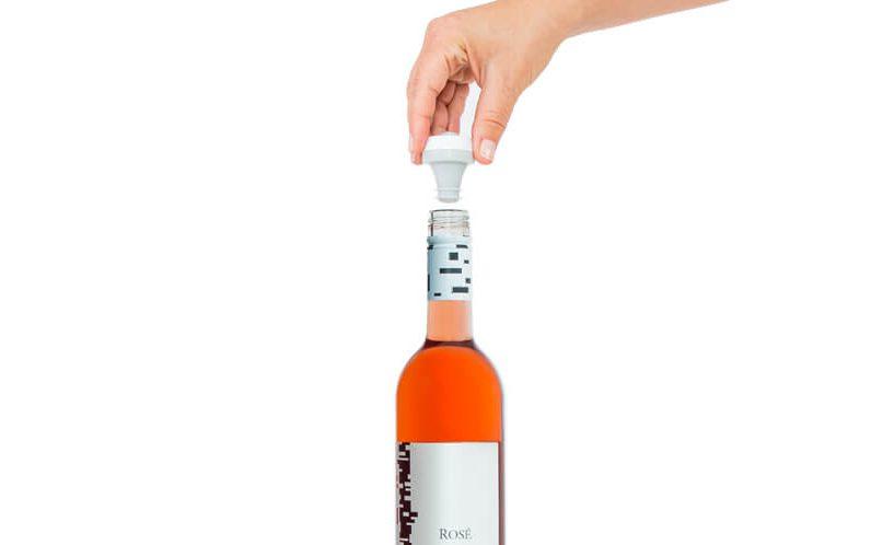 insert wine stopper
