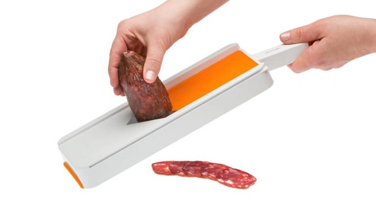 slicer for cured sausage