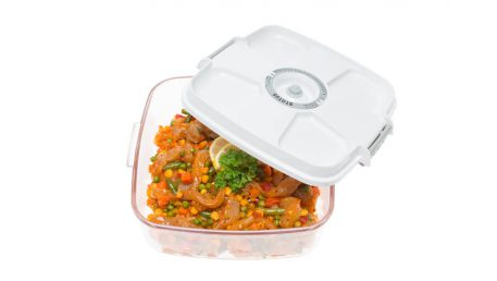 2-litre square container for marinating meat