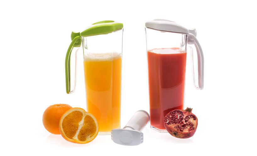 vacuum jug and natural juice
