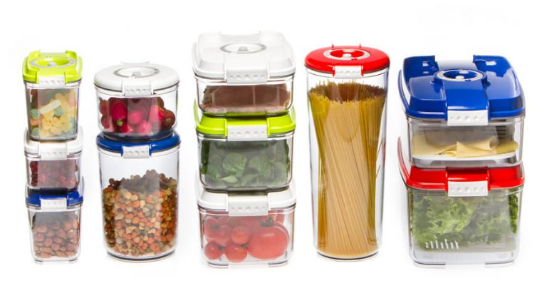 vacuum packed foods in containers
