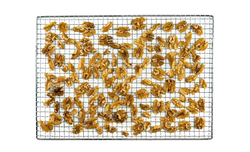 drying nuts